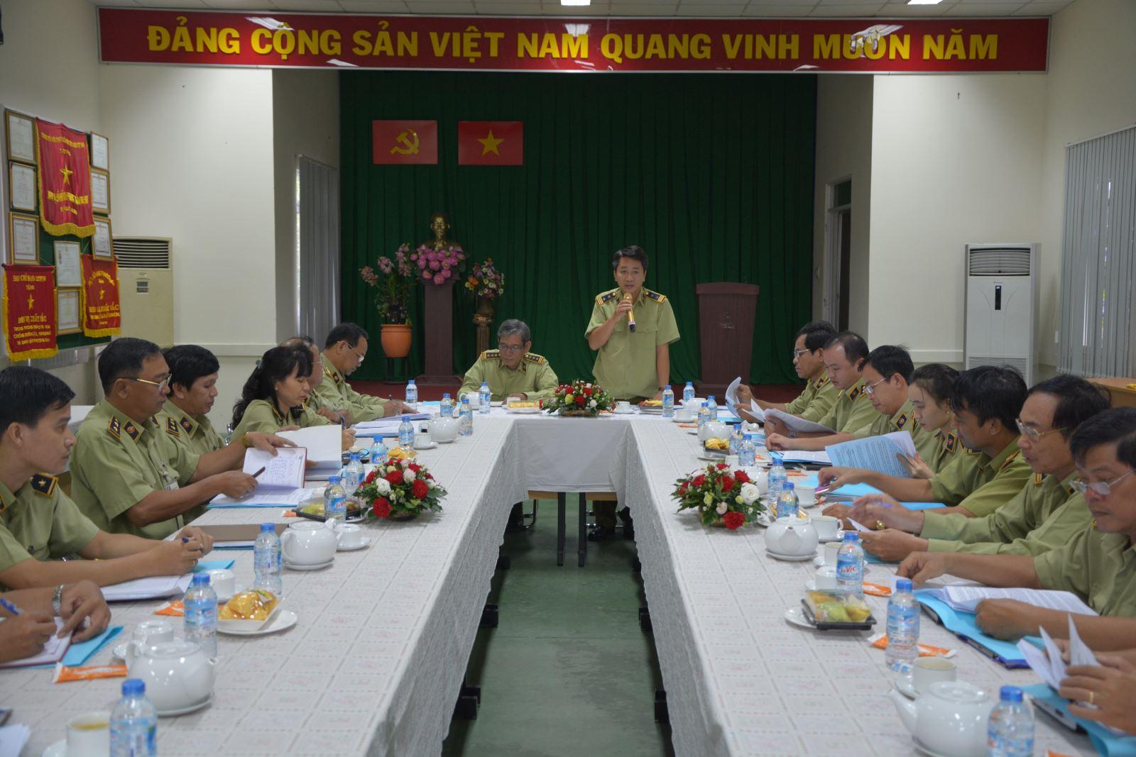 Đôn đốc triển khai công tác phòng, chống buôn lậu, gian lận thương mại và hàng giả 9 tháng năm 2017 tại TP Hồ Chí Minh, An Giang và Long An.